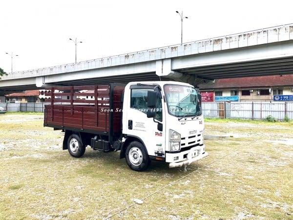Isuzu NLR77UEE-Wooden Cargo recon