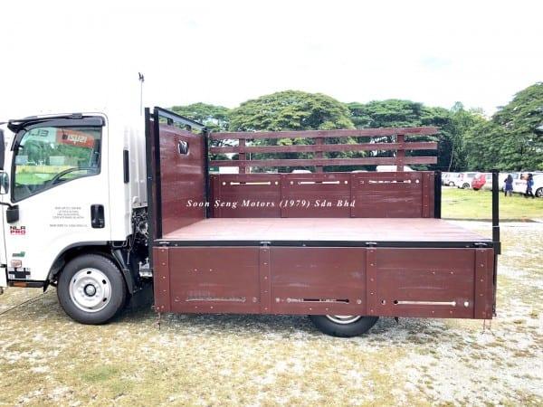 Isuzu NLR77UEE-Wooden Cargo supply