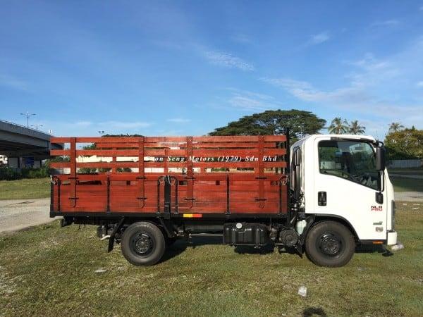 Isuzu NLR77UEE UBS-Wooden Cargo 13 feet supply
