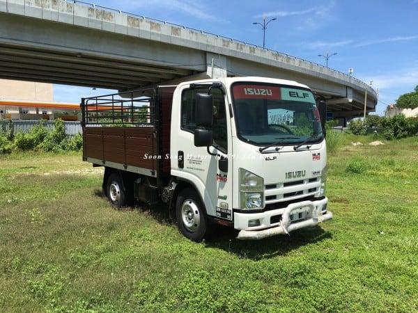 Isuzu NLR77UEE_wooden cargo 10 feet kelantan